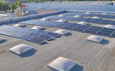 Instalación fotovoltaica en un centro deportivo de zaragoza