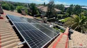 Instalación de paneles solares en las Rozas