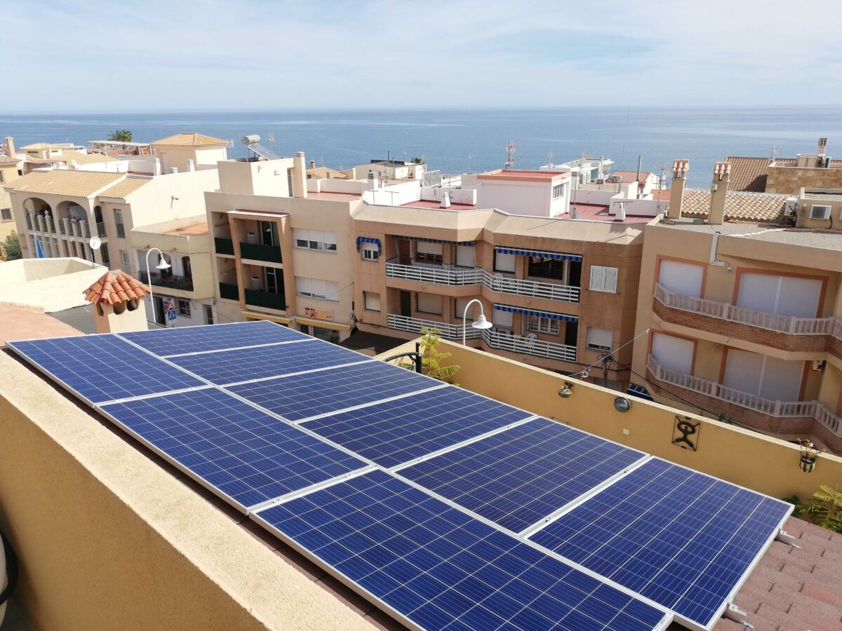 como-tramitar-instalaciones-fotovoltaicas-en-Andalucia