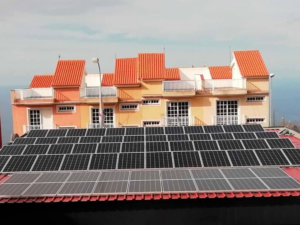 Placas solares en Gasolineras