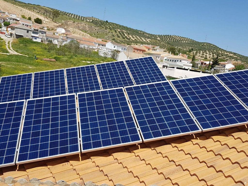 Paneles solares en Granada